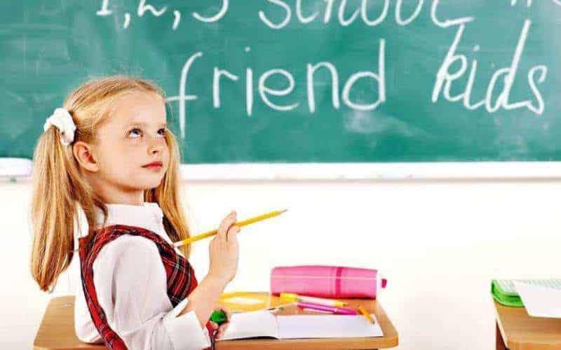 Sześciolatki wszkole. Jak zdecydować, czydziecko powinno pójść dopierwszej klasy?