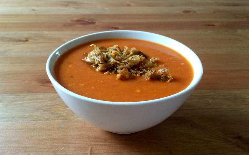 Zupa krem pomidorowy zchipsami zkurczaka
