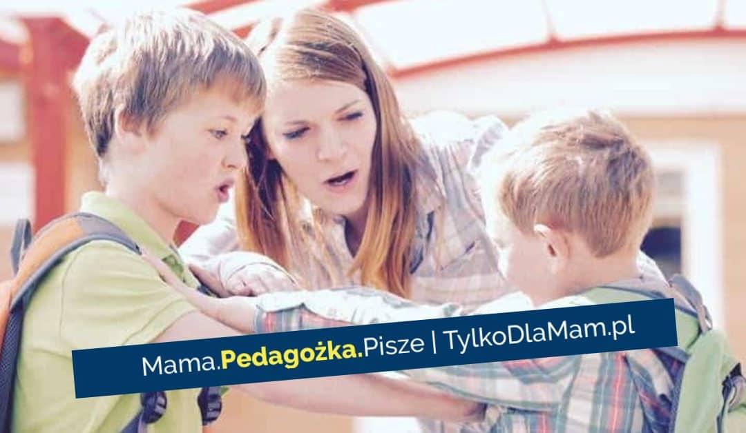 Rodzeństwo. Jak reagować nakłótnie między dziećmi?