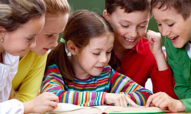 Znasz 8 prostych zasad ułatwiających naukę czytania iwybór odpowiedniej książki?