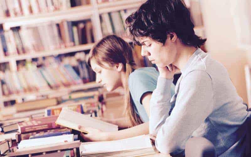 uczenie się wbibliotece
