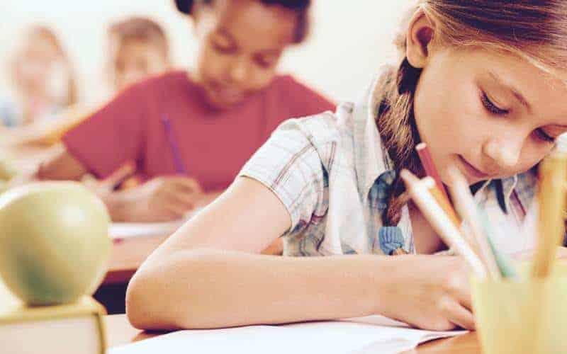 Jak pomóc dziecku przygotować się dosprawdzianu bezględzenia iprawienia morałów?