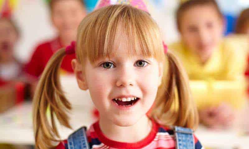 7 podstawowych zabaw logopedycznych ićwiczących koncentrację dla dzieci wwieku 2-6 lat. Znasz je?