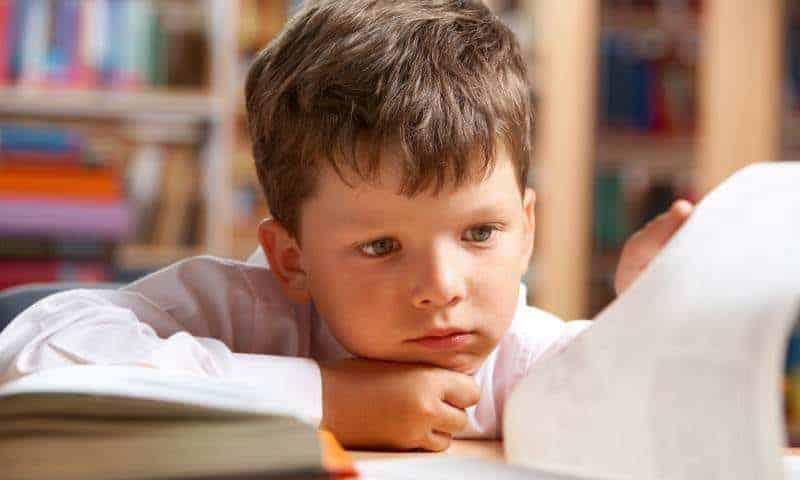 Czymasz dziecko zagrożone dysleksją? Możesz tozauważyć już wpierwszym roku życia