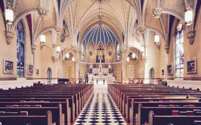 Jak reagować kiedy dziecko przeszkadza wkościele