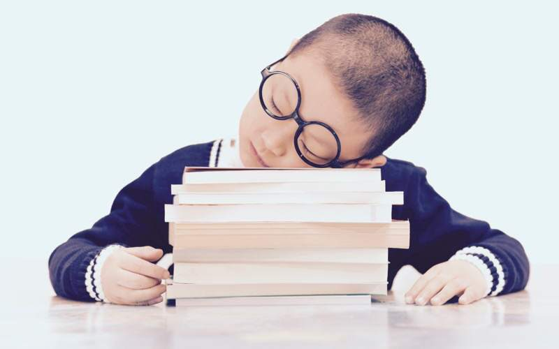 Zadanie domowe. Jak zachęcić dziecko doodrabiania pracy domowej?