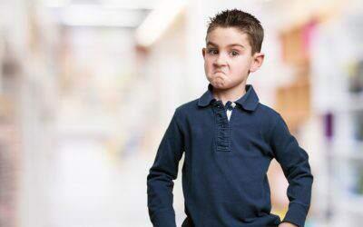 Jak reagować kiedy dziecko przeklina? Wiele zależy odwieku! (zfilmem)
