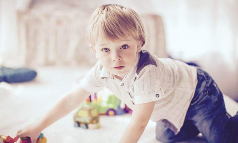 """Dlaczego dzieci zzespołem Aspergera mają zrówieśnikami """"pod górkę""""?"""